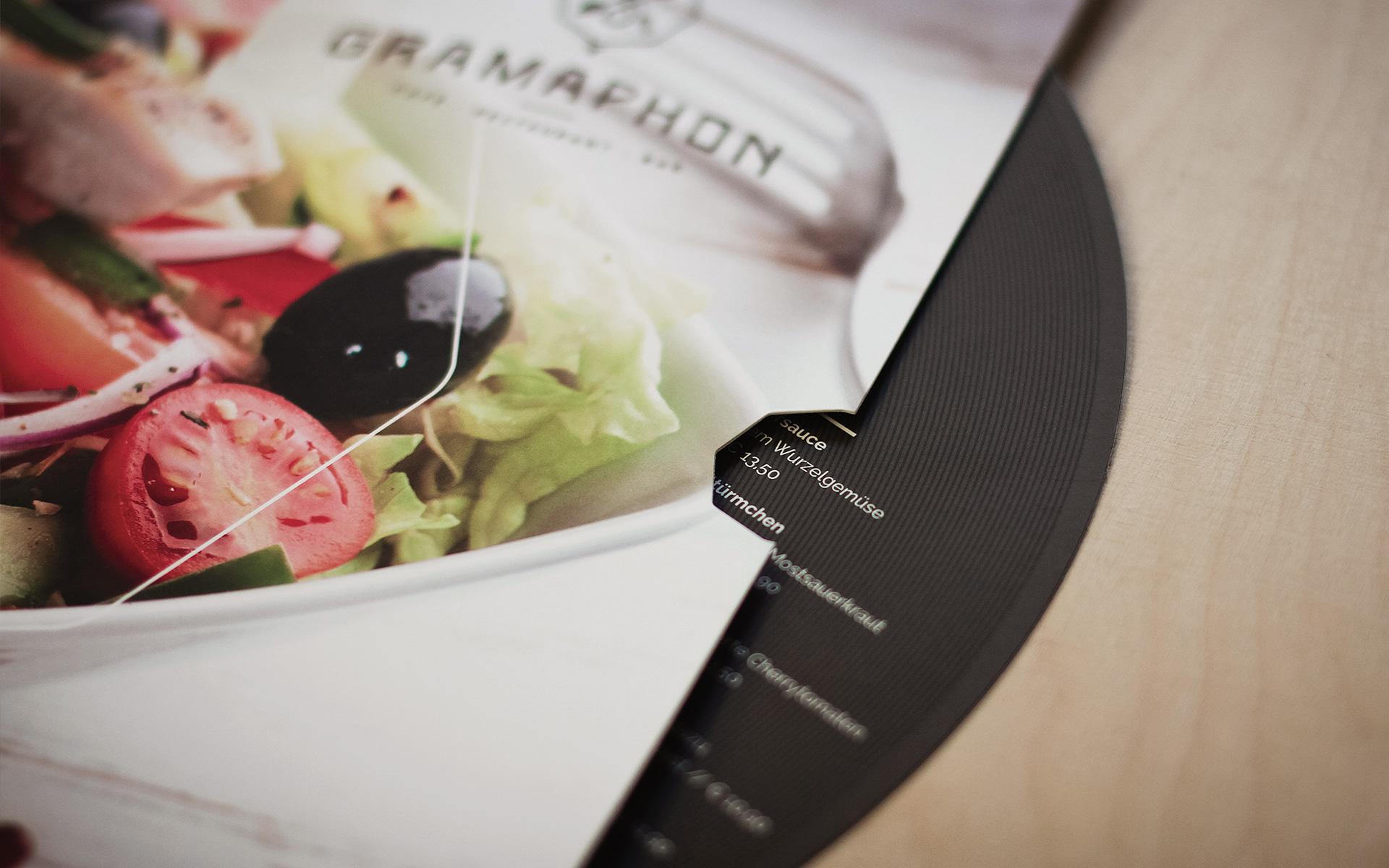 Gramaphon-2